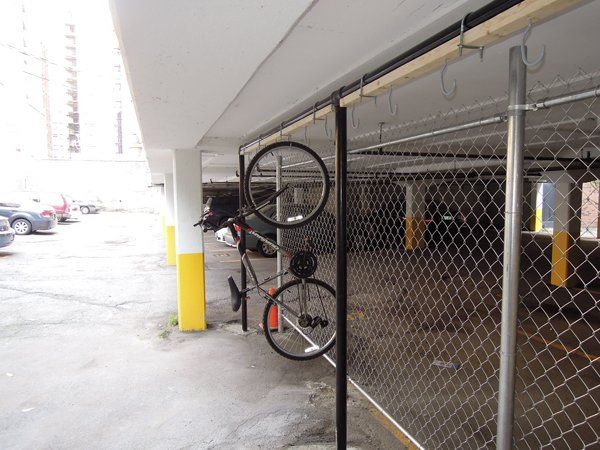 Chicago Apartments, Bike Storage
