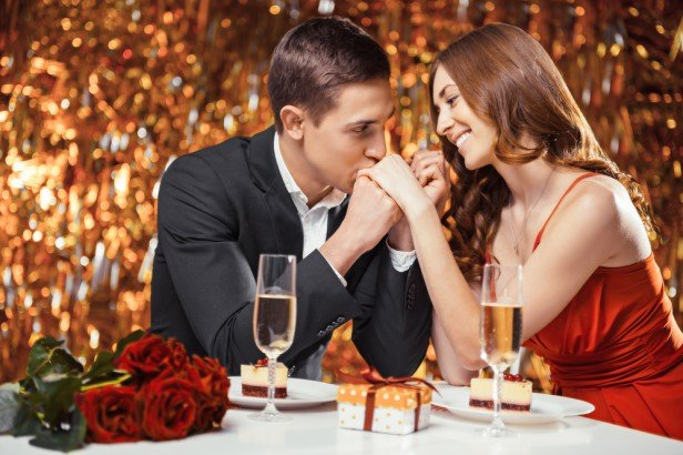 Chicago Apartments, Valentine's Day Restaurants
