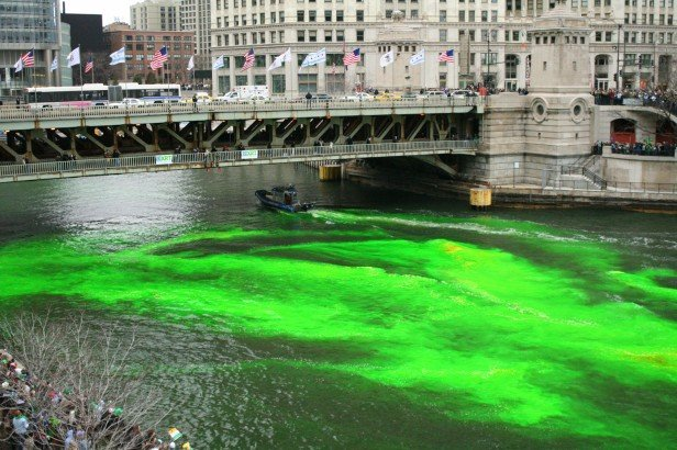 Chicago Apartments, St. Patrick's Day, Dyeing River Green