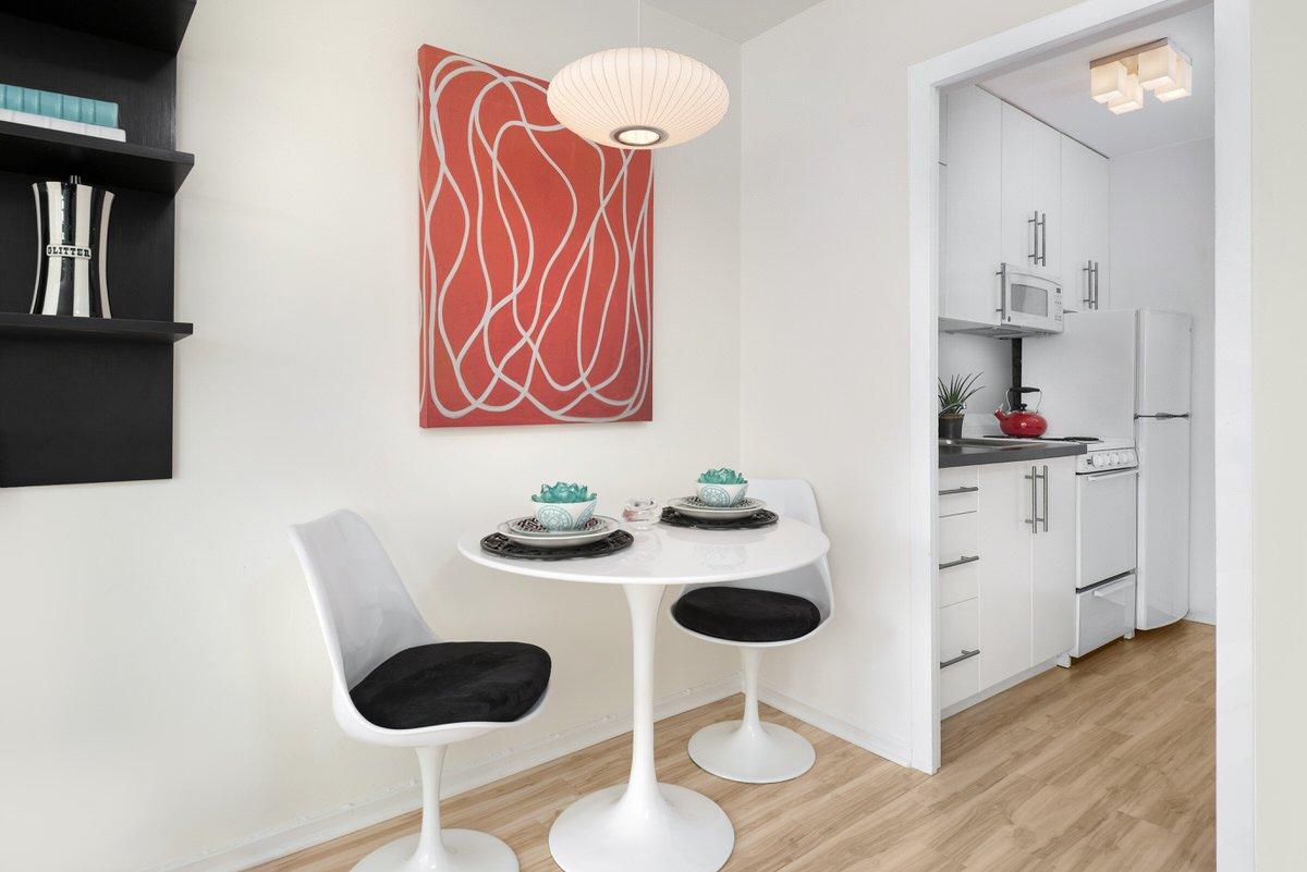 Chicago Apartments, Studio Space