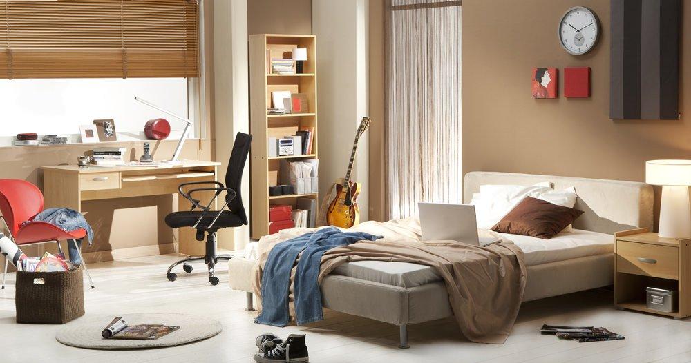 Chicago Apartments, Decluttering, Bedroom Tips