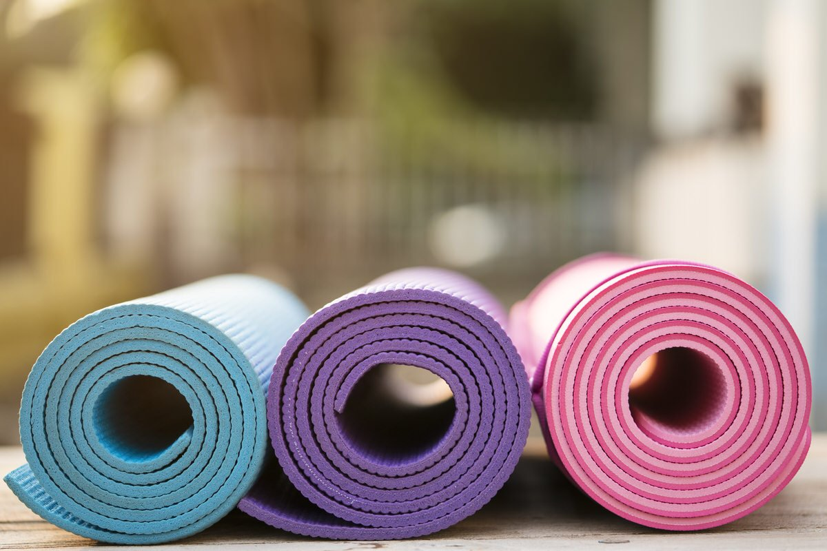 Chicago Apartments, Yoga Mat Cleaning