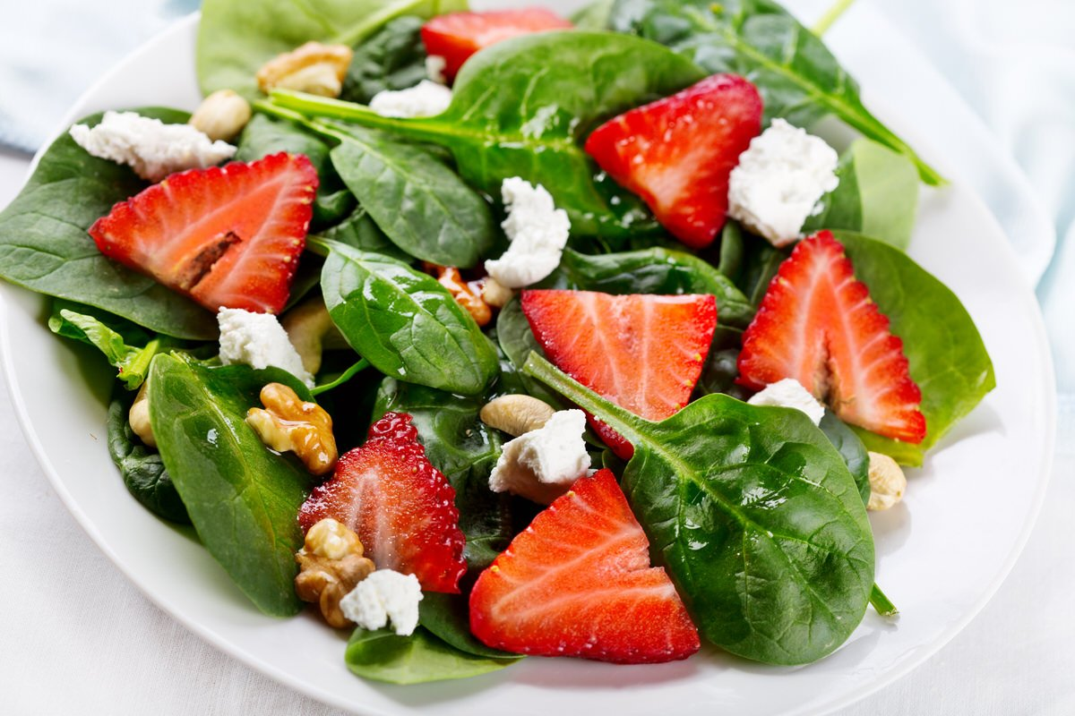 Chicago Apartments, Strawberry Spinach Salad